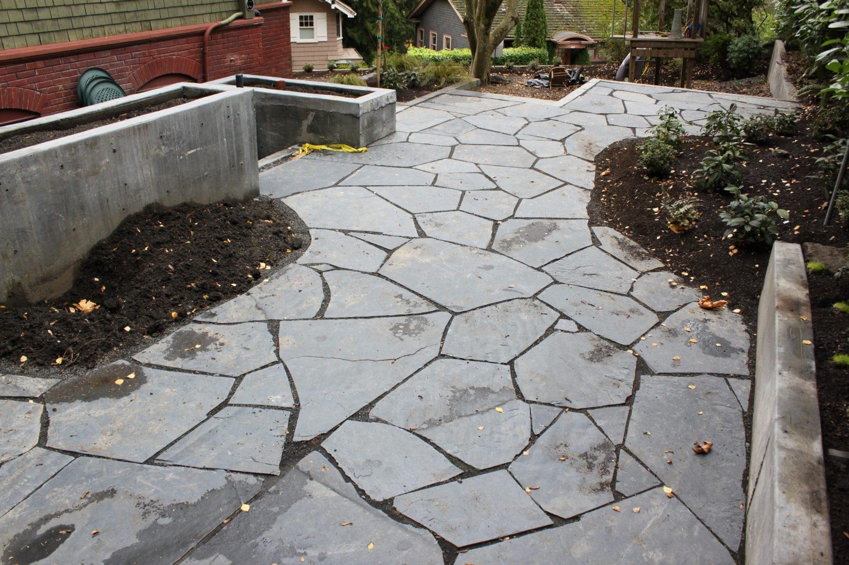 Res39-patio,flagstone,concrete,planters