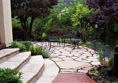 flagstone brick water feature