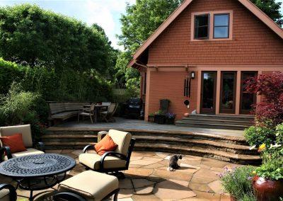 Flagstone patio installation